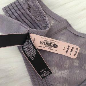 Victoria's Secret Intimates & Sleepwear - VS Keyhole High-neck Unlined Bralette size Large